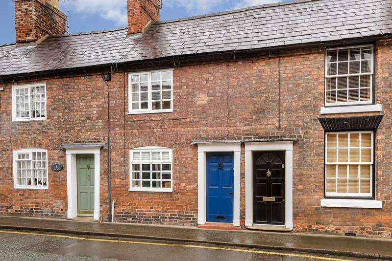 2 Bedrooms Town House for sale in Nantwich, Cheshire