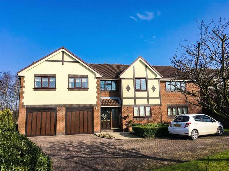 2 Bedrooms Property for sale in Lytham Court, Ashton-under-lyne, Lancashire, OL6