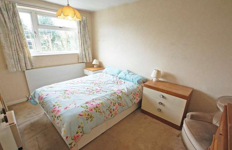 3 Bedrooms Detached House for sale in Finchfield Road West, Finchfield, WOLVERHAMPTON WV3