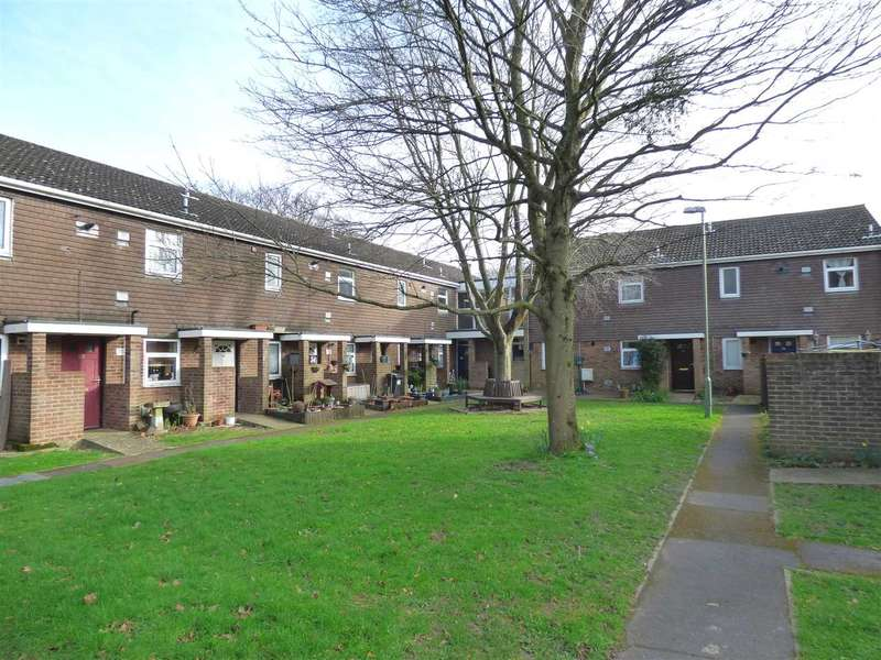 1 Bedroom Flat for sale in ONE BEDROOM GROUND FLOOR APARTMENT - ENSBURY PARK