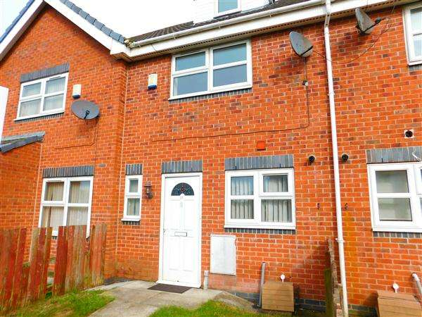 3 Bedrooms Town House for sale in Bolton Avenue, Kirkby