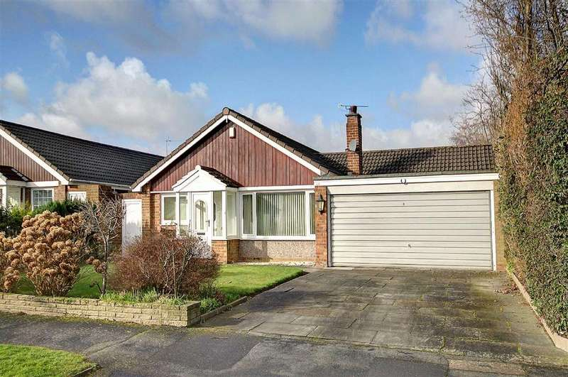 3 Bedrooms Detached Bungalow for sale in Melrose Crescent, Hale, Cheshire