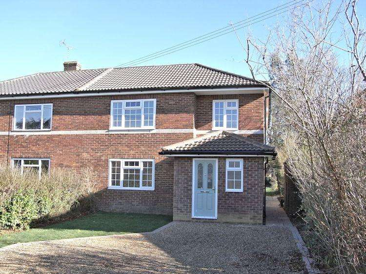 4 Bedrooms Semi Detached House for sale in Nightingale Crescent, West Horsley KT24