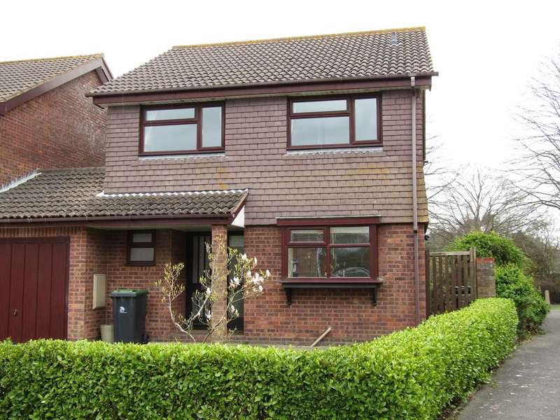 4 Bedrooms Detached House for sale in Viscount Drive