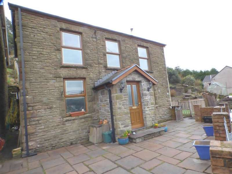 3 Bedrooms House for sale in Dyffryn Road, Pontardawe, Swansea