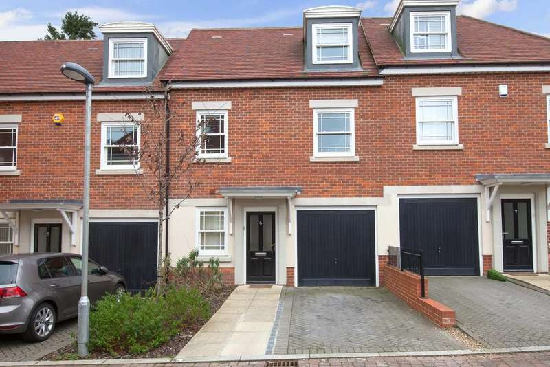 4 Bedrooms Town House for sale in Beaconsfield