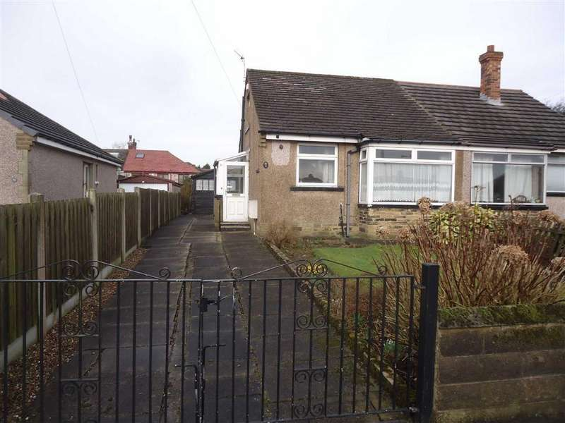 1 Bedroom Semi Detached Bungalow for sale in Mostyn Grove, Bradford, West Yorkshire, BD6