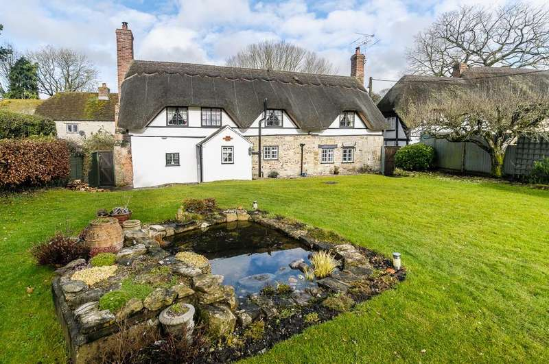3 Bedrooms Cottage House for sale in Stockton, Nr Warminster
