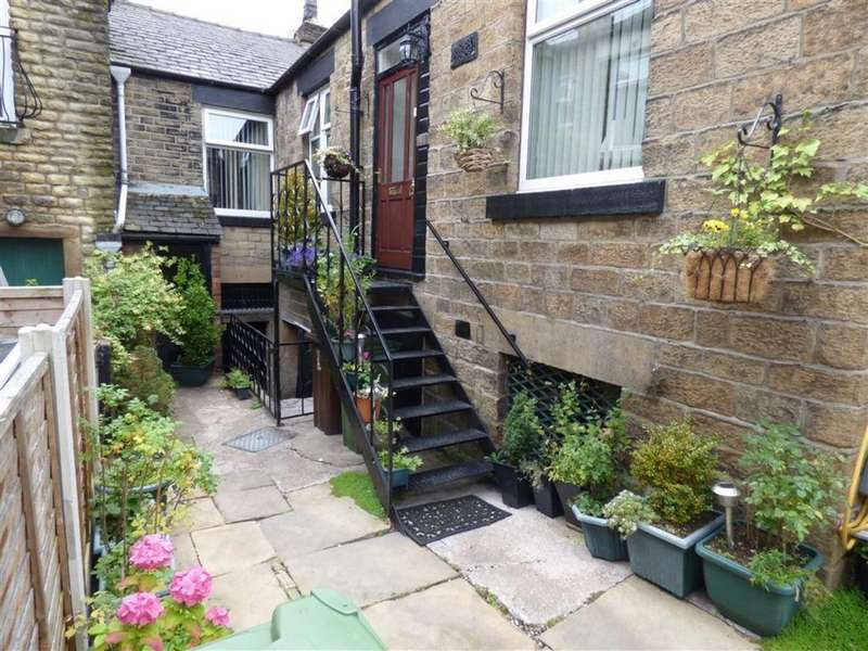 2 Bedrooms Flat for sale in Market Street, Hollingworth, Hyde, Cheshire, SK14