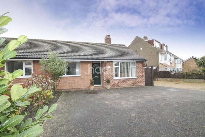 2 Bedrooms Bungalow for sale in 44 saxon road