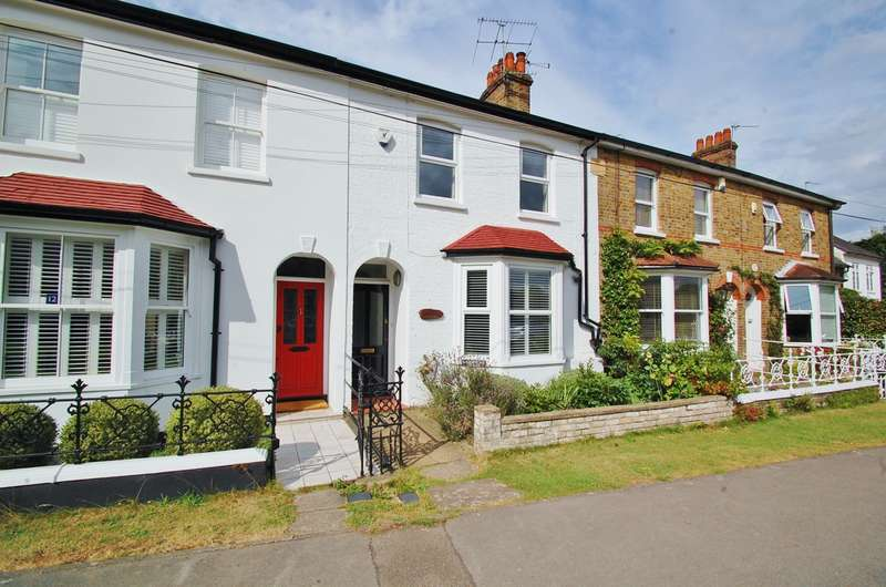 3 Bedrooms Terraced House for sale in West Common, Gerrards Cross, SL9
