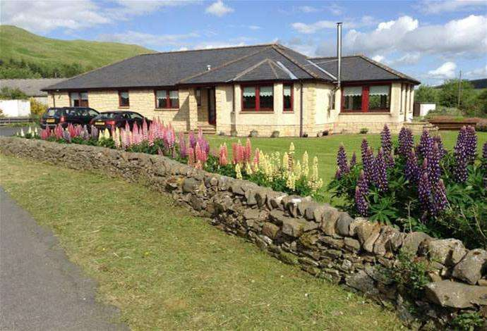 4 Bedrooms Bungalow for sale in Forestview Wester Essenside, Ashkirk, TD7 4PG