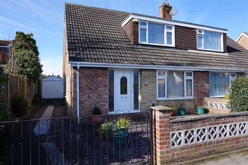 3 Bedrooms Semi Detached Bungalow for sale in Lawson Avenue, Cottingham, HU16