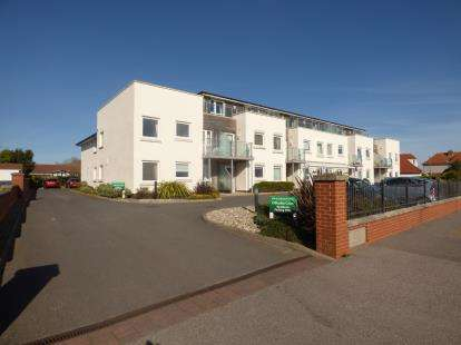 2 Bedrooms Retirement Property for sale in Hayling Island, Hampshire
