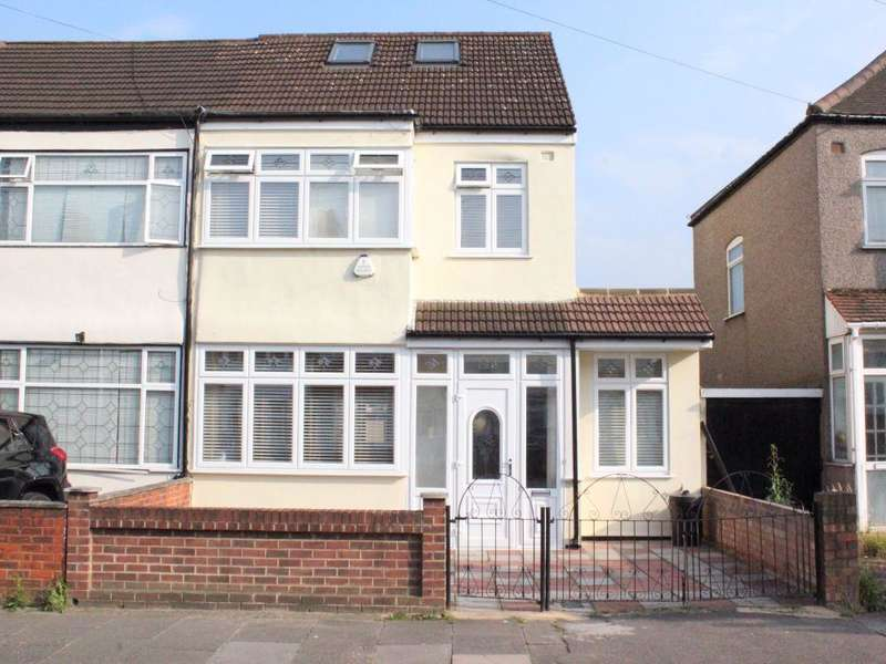 5 Bedrooms House for sale in Staines Road, Ilford, IG1
