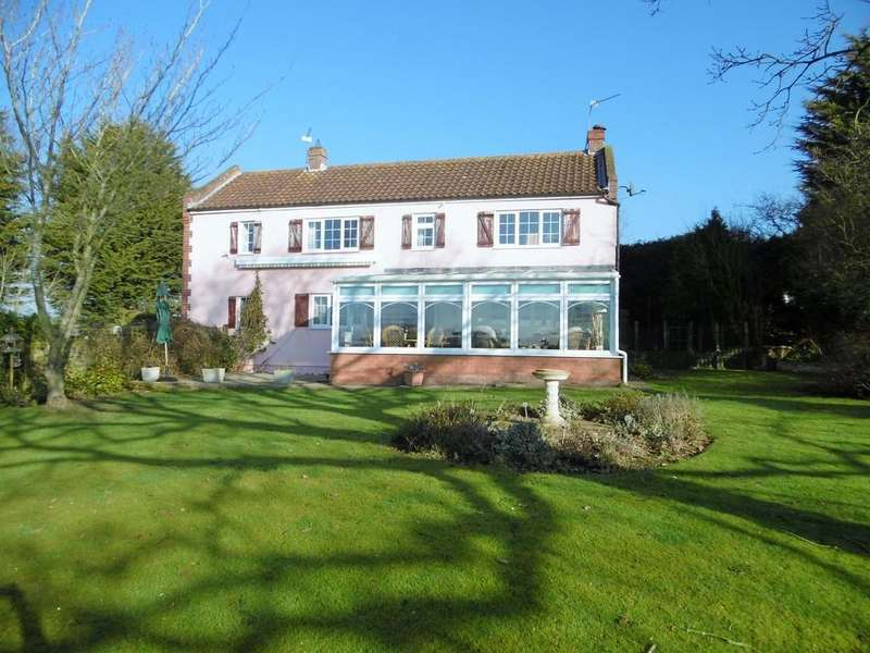 4 Bedrooms Detached House for sale in Saxthorpe