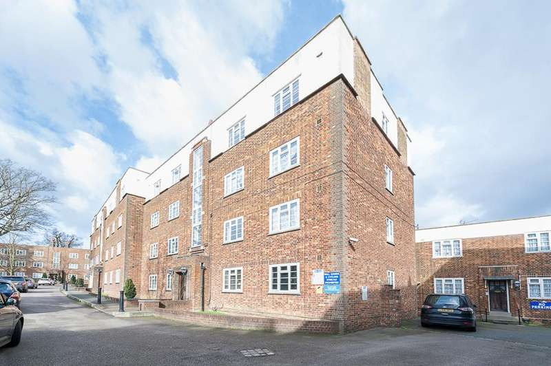 2 Bedrooms Flat for sale in Manor Court, High Street, Southgate, N14