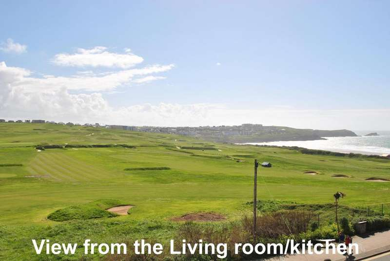 2 Bedrooms Flat for sale in Fistral Waves, Headland Road