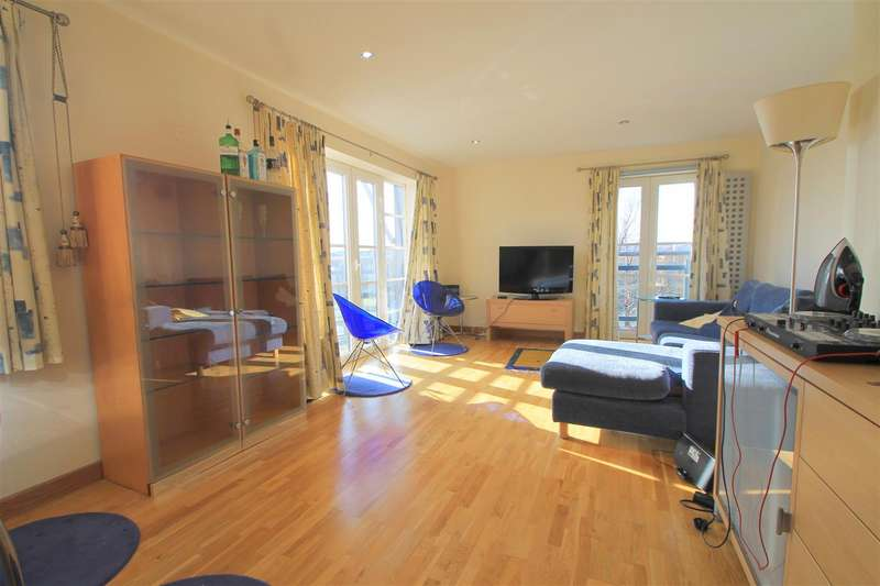 2 Bedrooms Property for sale in South Mews, Cardiff