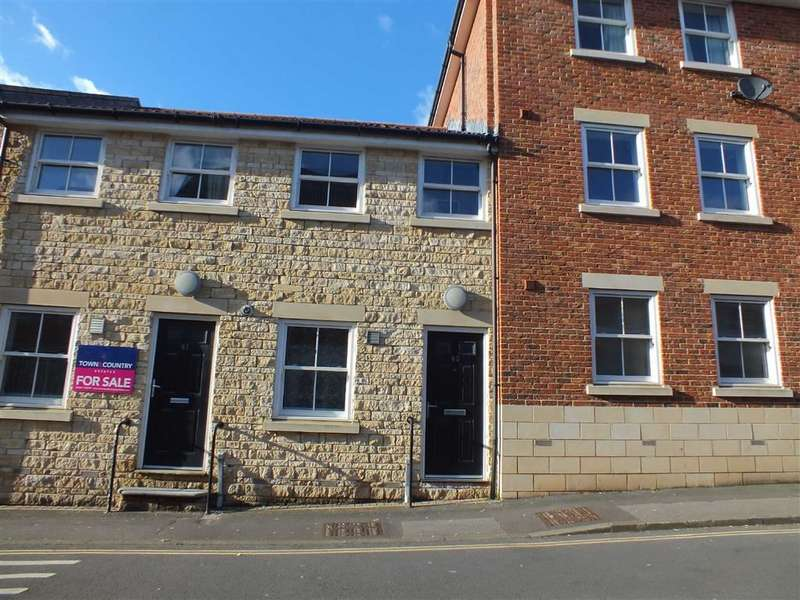 2 Bedrooms Terraced House for sale in Duke Street, Trowbridge, Wiltshire, BA14