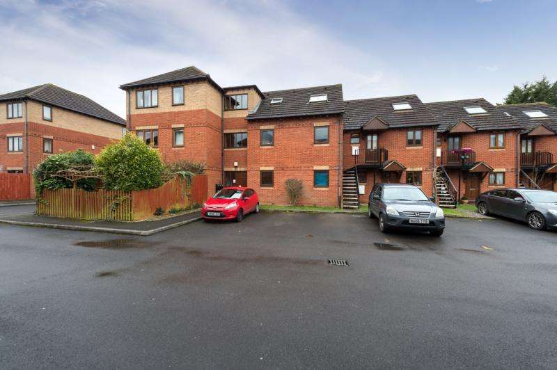 1 Bedroom Apartment Flat for sale in Varsity Place, John Towle Close, Oxford, Oxfordshire