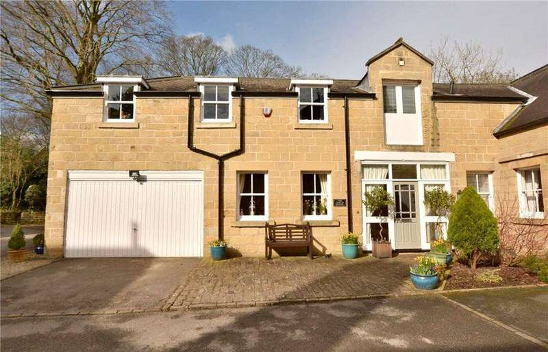 4 Bedrooms House for sale in The Coach House, Woodlands, West Avenue, Leeds, West Yorkshire