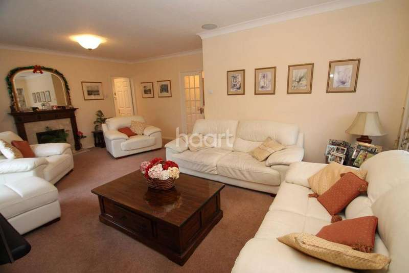 3 Bedrooms Bungalow for sale in Nelson Close, Biggin Hill