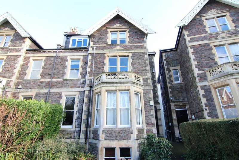 3 Bedrooms Flat for sale in Eaton Crescent, Bristol, BS8