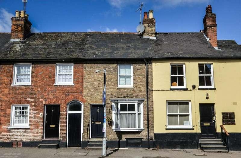2 Bedrooms Cottage House for sale in 8 London Road, Saffron Walden