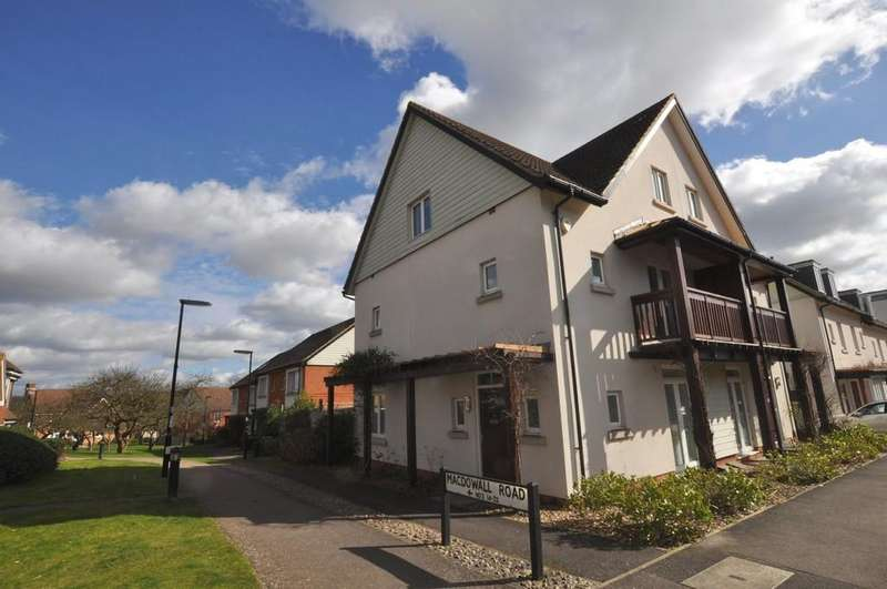 3 Bedrooms Semi Detached House for sale in Macdowall Road, Guildford