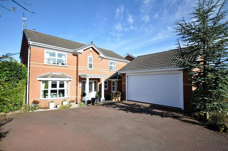 4 Bedrooms Detached House for sale in Ryedale Avenue, Mansfield