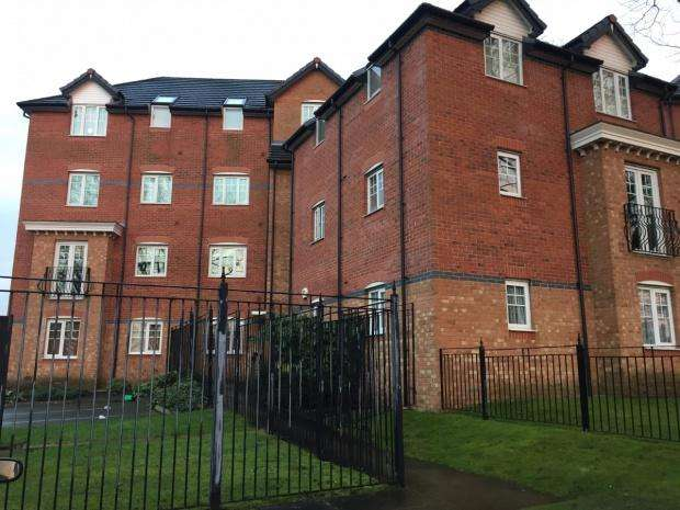 2 Bedrooms Apartment Flat for sale in York Court Burnage Lane, Manchester, M19