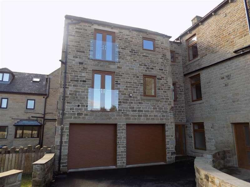 4 Bedrooms Semi Detached House for sale in Wakefield Road, Denby Dale, Huddersfield, HD8