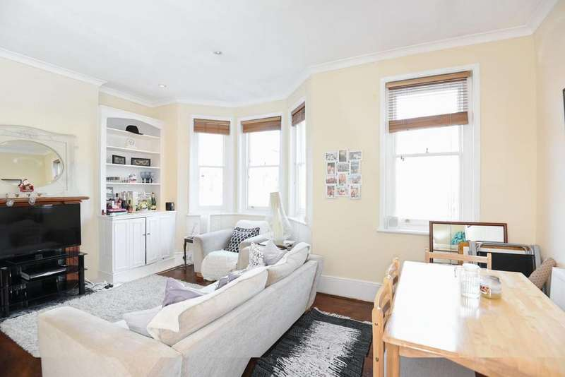 3 Bedrooms Flat for sale in Sedlescombe Road, Fulham, SW6