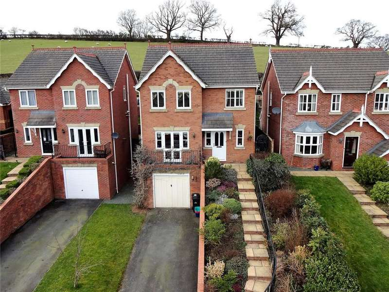 4 Bedrooms Detached House for sale in Gungrog Hill, Welshpool, Powys