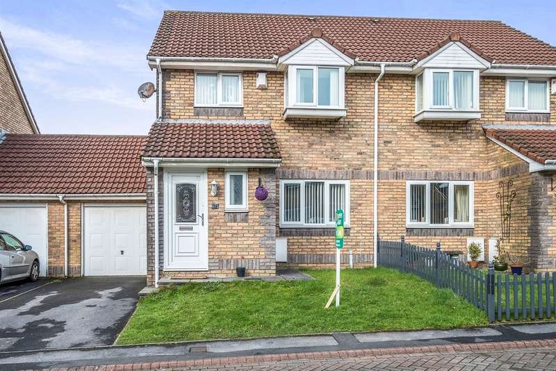3 Bedrooms Semi Detached House for sale in Stepney Mews, Cwmbwrla, Swansea