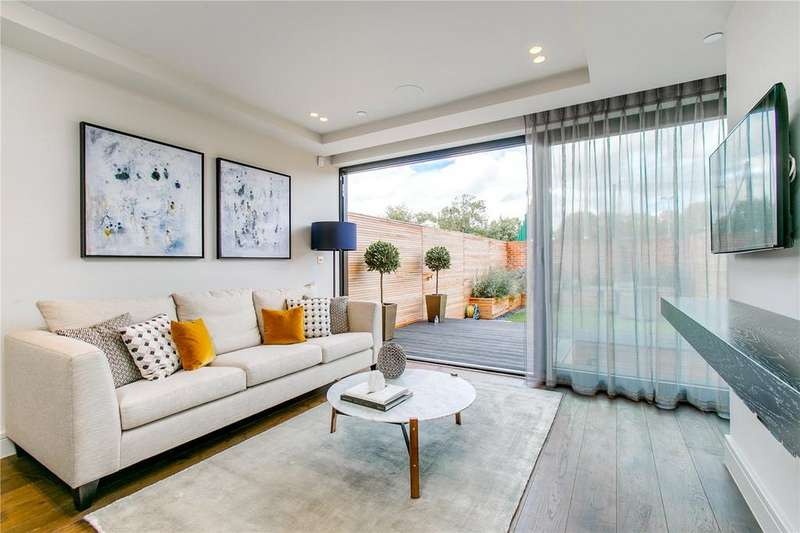 4 Bedrooms Terraced House for sale in Sulivan Road, Parsons Green, London