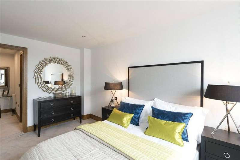 2 Bedrooms Flat for sale in Galbraith House, 141 Great Charles Street, Birmingham, West Midlands, B3