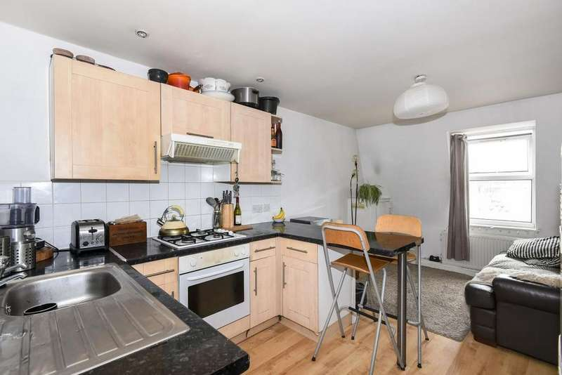 2 Bedrooms Flat for sale in Peckham High Street, Peckham, SE15