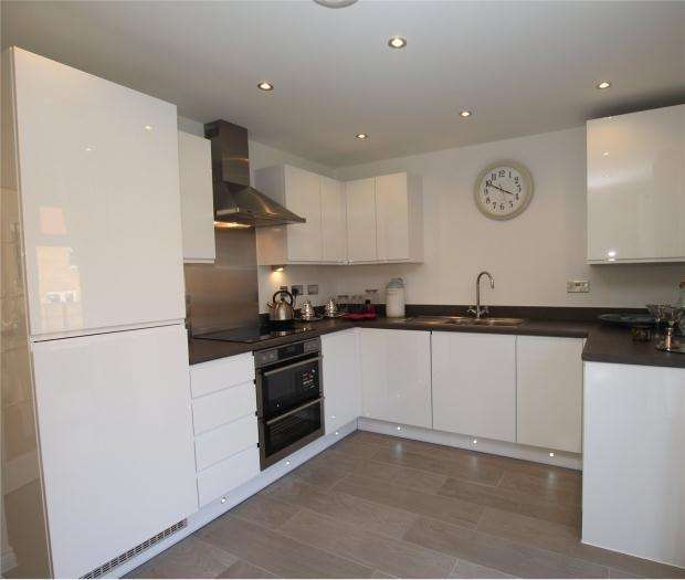 2 Bedrooms Semi Detached House for sale in Heather Gardens, Off Back Lane,, Hethersett,, Norwich,