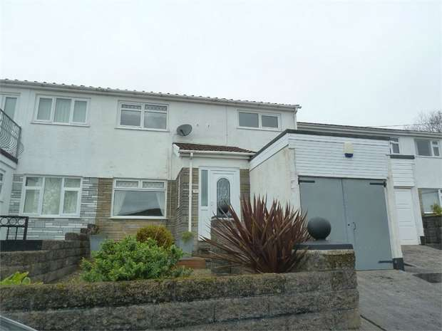 3 Bedrooms Semi Detached House for sale in Davies Terrace, Nantyffyllon, Maesteg, Mid Glamorgan