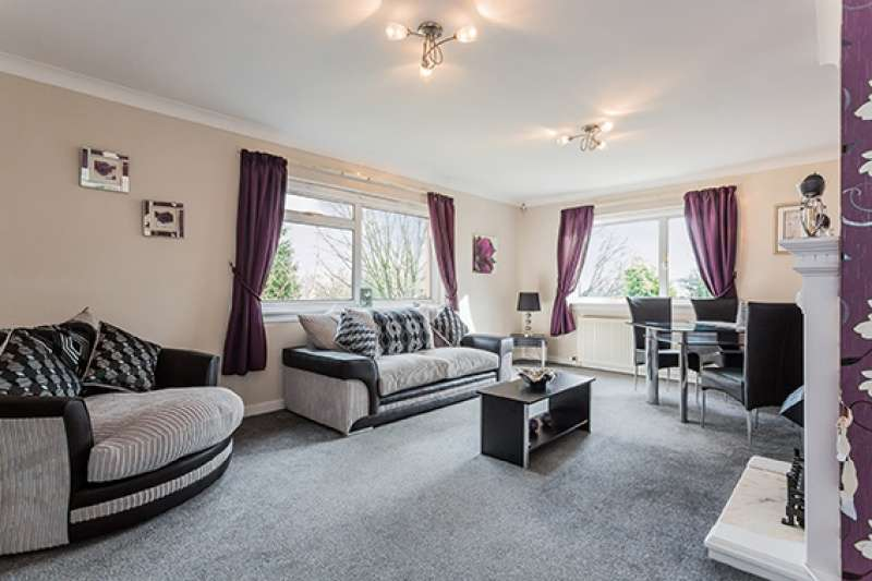 3 Bedrooms Bungalow for sale in New Street, Dalry, North Ayrshire, KA24 5BY