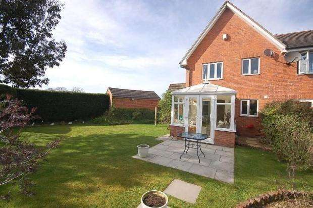 3 Bedrooms Semi Detached House for sale in Devoke Road, Manchester