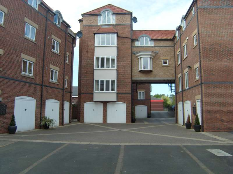 2 Bedrooms Apartment Flat for sale in Chantry Mews, Morpeth