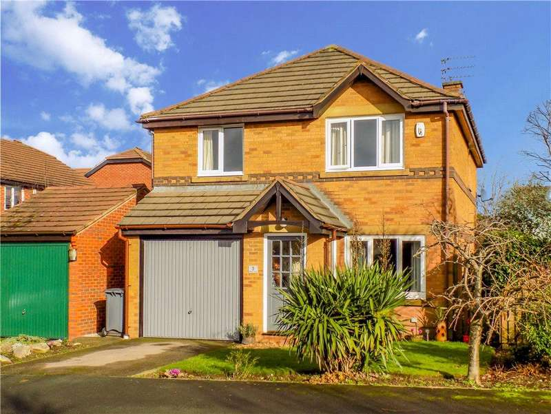 4 Bedrooms Detached House for sale in Mallard Court, Herons Reach, Blackpool