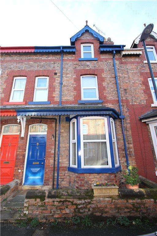 4 Bedrooms Terraced House for sale in Westbourne Grove, Ripon, North Yorkshire