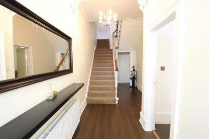 5 Bedrooms Semi Detached House for sale in Springvale Terrace, Springburn, Glasgow