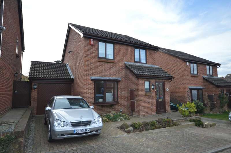 3 Bedrooms Detached House for sale in Bridgewater Place, Leybourne