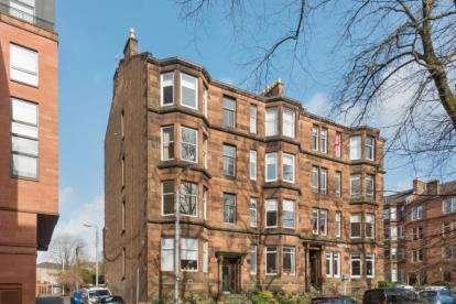 2 Bedrooms Flat for sale in Queensborough Gardens, Hyndland