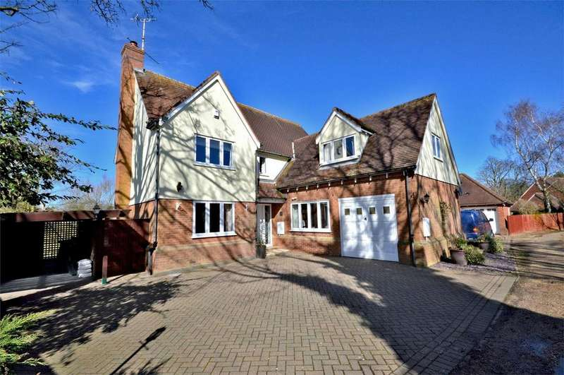 4 Bedrooms Detached House for sale in The Bramleys, 52 Lion Meadow, Steeple Bumpstead